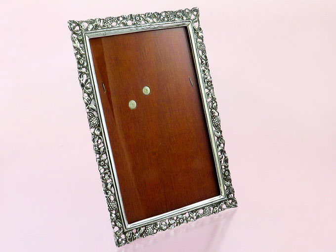 Picture Frame Silver-Plated Picture Size 9cm x 14cm