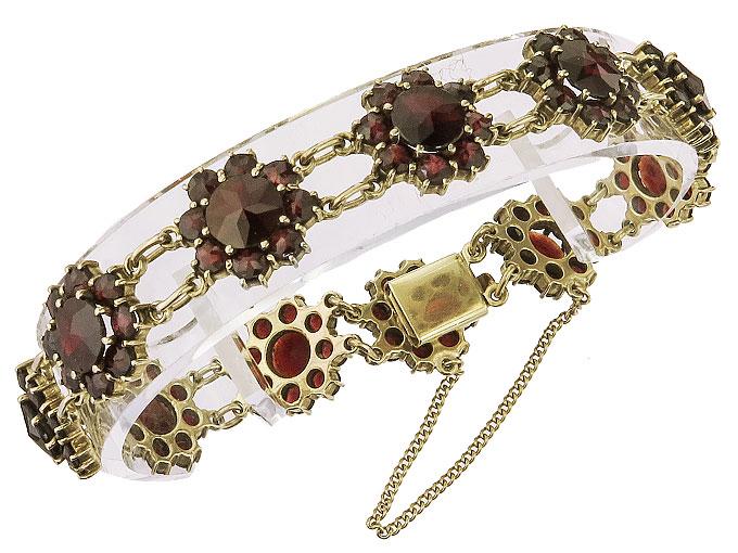 Bracelet Garnets 8 Karat Yellow Gold