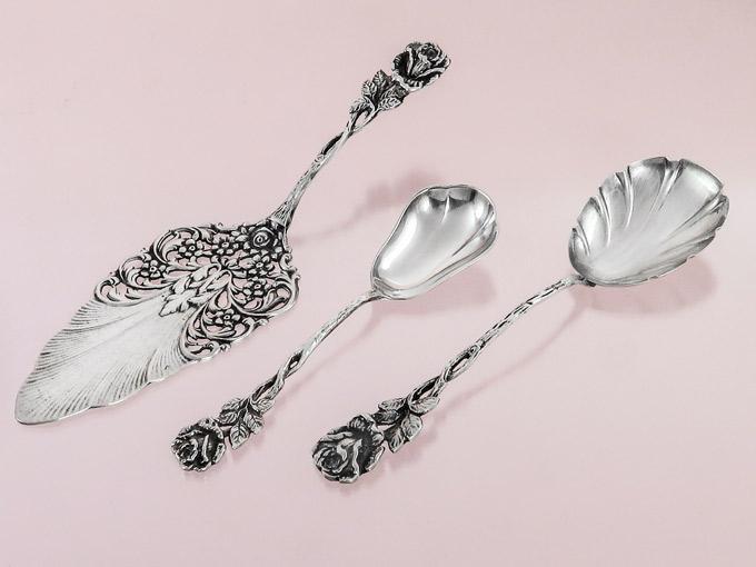 Tortenheber Sahnelöffel Zuckerlöffel Rosendekor 800er Silber