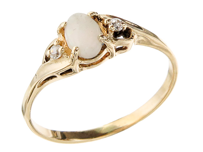 Ring Opal Diamonds 14 Karat Yellow Gold