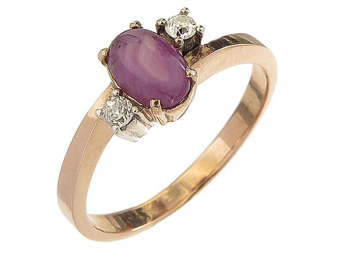Ring Star Ruby 8 Karat Rose Gold