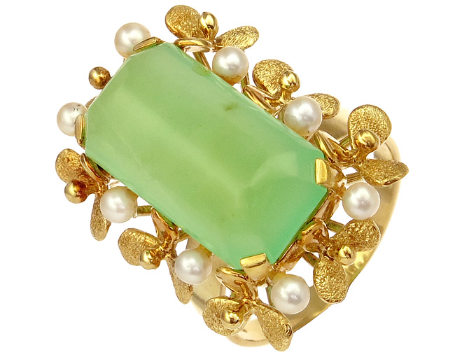 Ring Chrysopras Pearl 14 Karat Yellow Gold approx. 1960