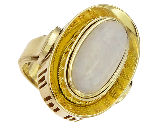 Ring Opal 14 Karat Yellow Gold approx. 1960