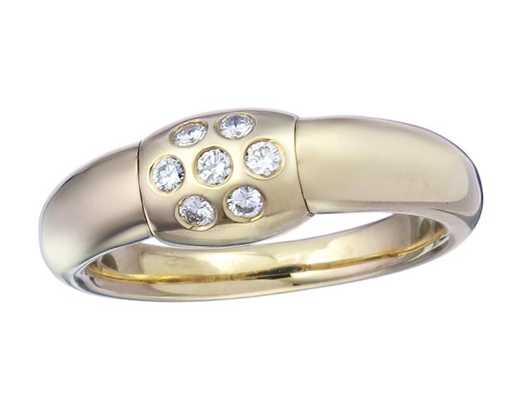 Ring Diamonds Sapphire 18 Karat Yellow Gold