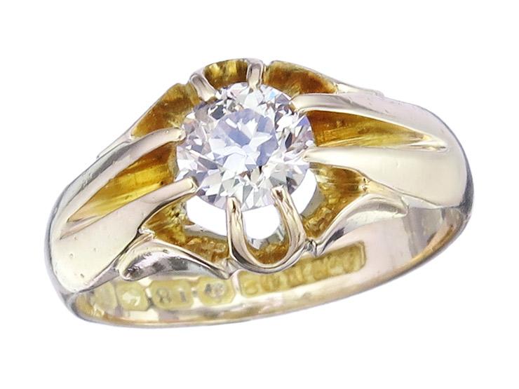 Ring Diamond 18 Karat Yellow Gold England Antique