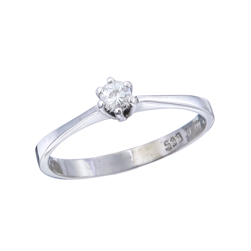 Ring Solitaire Diamond 14 Karat White Gold