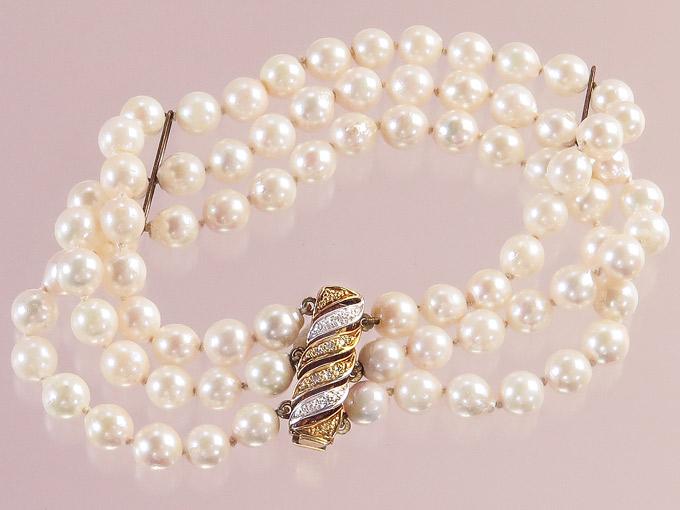Perlen Armband Dreireihig Diamanten 585er Gelb- und Weißgold