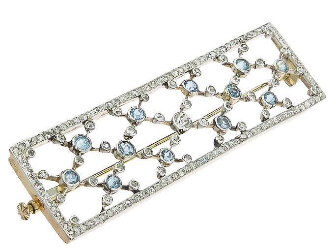 Brosche Art Deco Diamanten Hellblaue Farbsteine 585er Weißgold