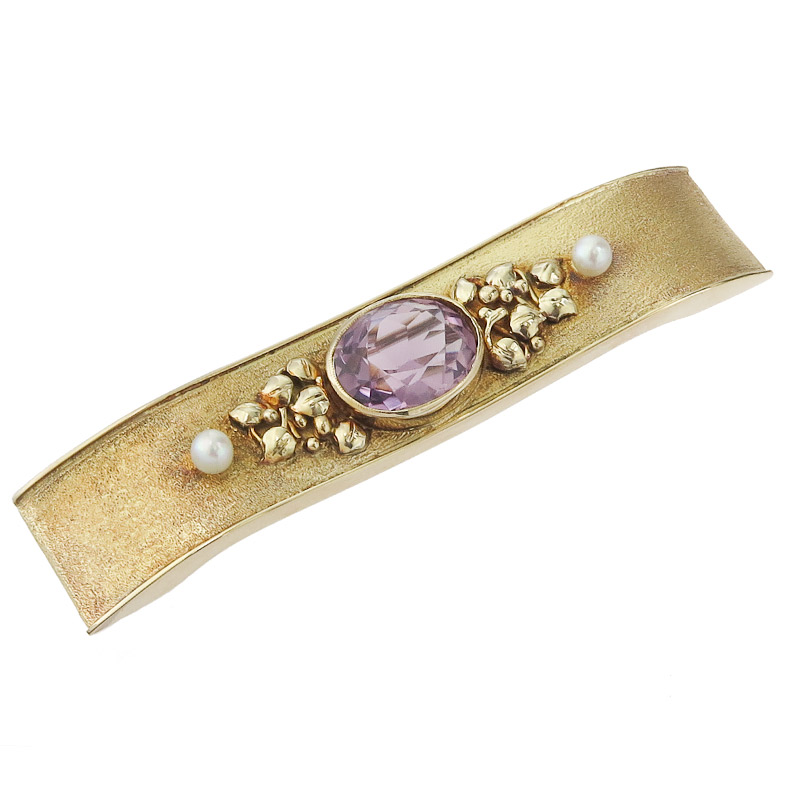 Brooch Amethyst Pearl 14 Karat Yellow Gold Retro approx. 1940