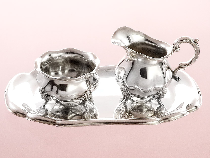 Milk and sugar set on tray WILKENS