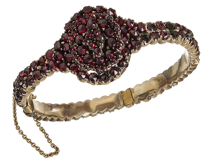 Bangle Garnets Antique approx. 1880-90