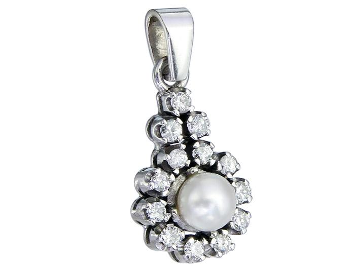 Pendant Diamonds Pearl 14 Karat White Gold