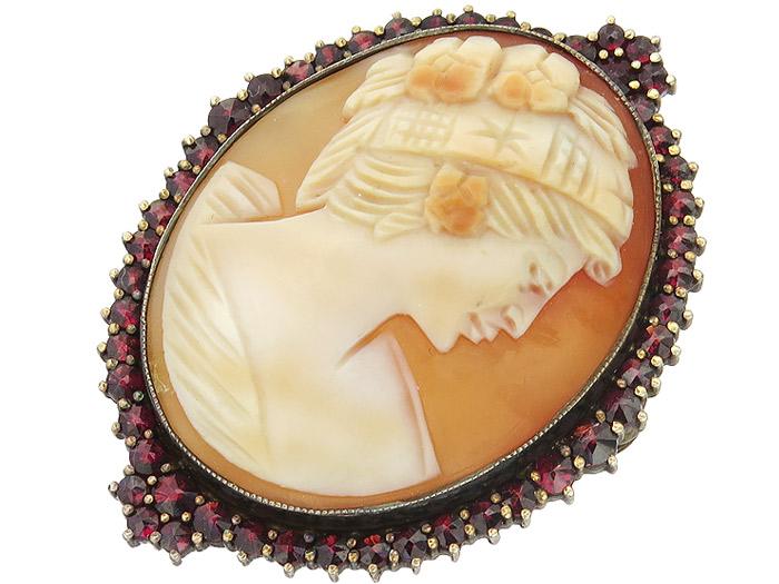 Brosche oder Anhänger Kamee Granat 900er Silber Vergoldet