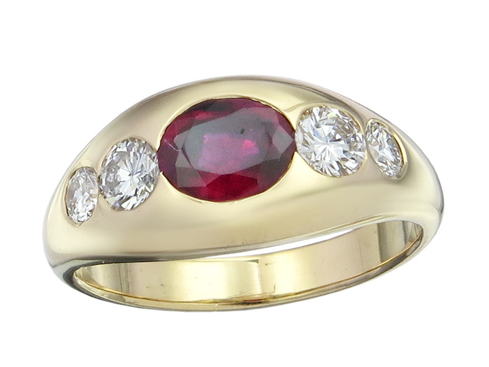 Freisfeld Gypsy Ring Ruby Diamonds 18 Karat Yellow Gold