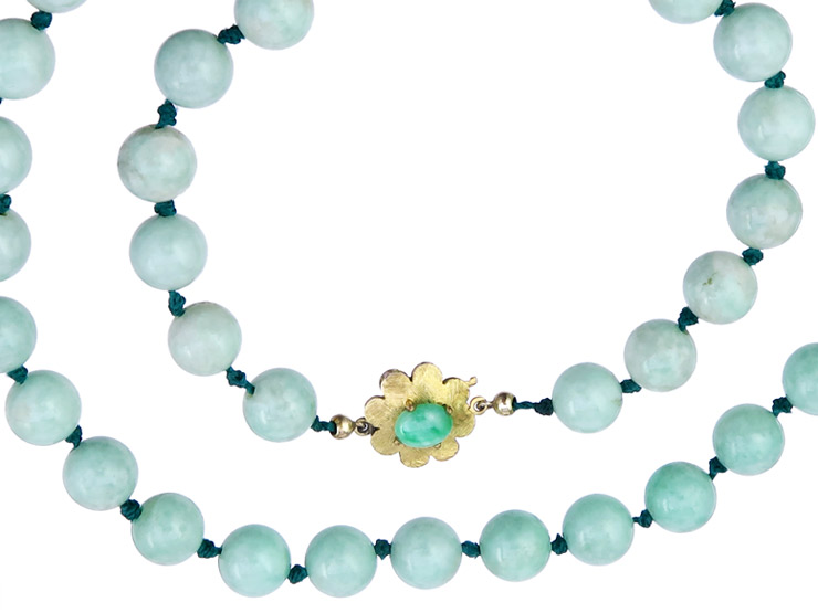 Necklace Jade 8 Karat Yellow Gold