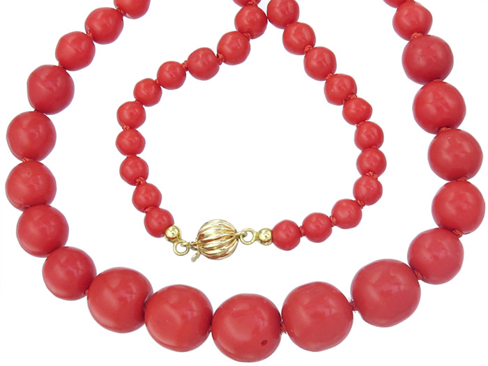 Necklace Coral 14 Karat Yellow Gold