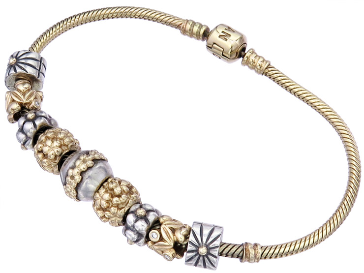 Pandora MOMENTS Charm Bracelet with Pendants 14 Karat Yellow Gold and 925 Silver
