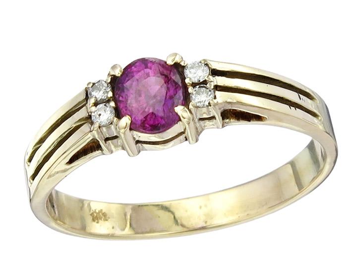 Ring Ruby Diamonds 14 Karat Yellow Gold