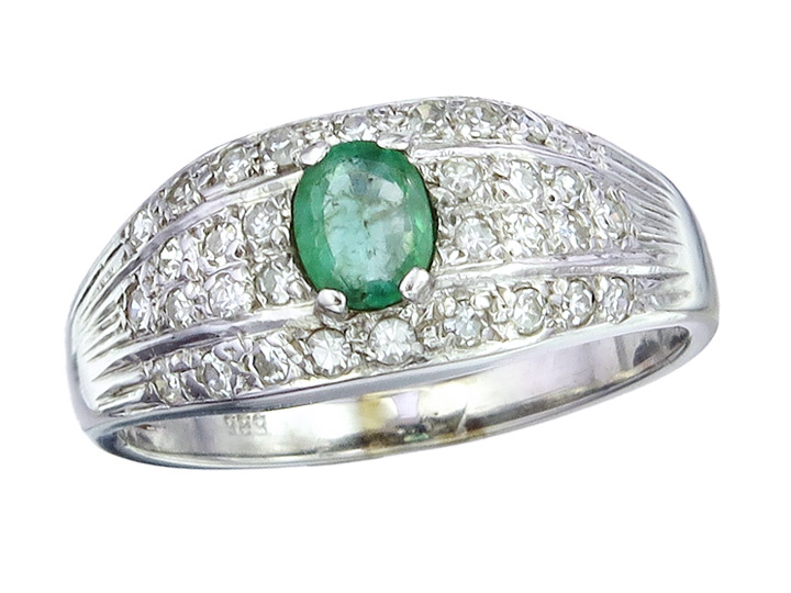 Ring Emerald Diamonds 14 Karat White Gold