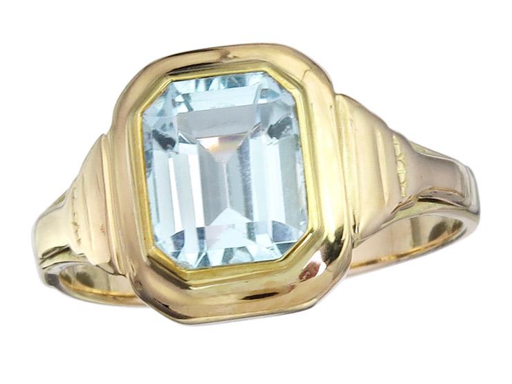 Ring Topaz 14 Karat Yellow Gold