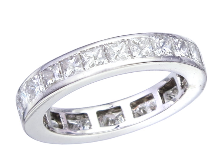 Eternity Ring Diamonds Princess-Cut 18 Karat White Gold Certificate