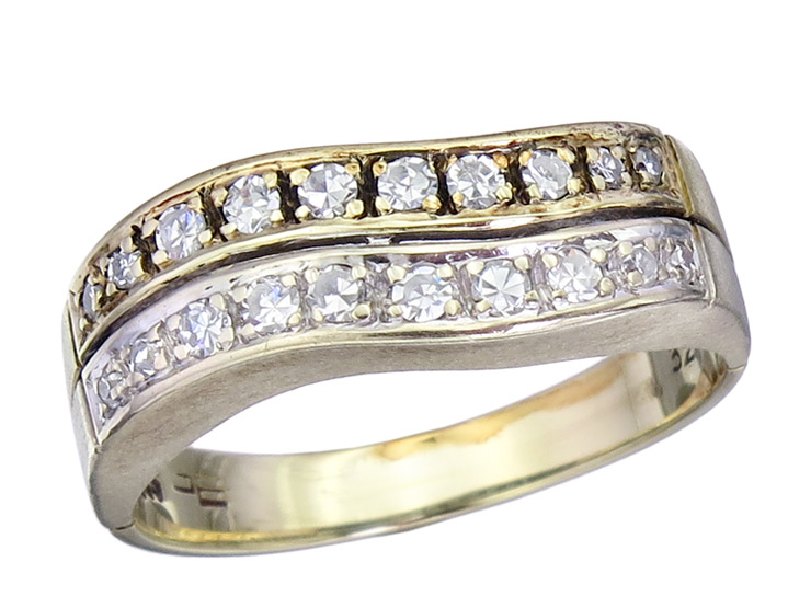 Ring Diamonds 14 Karat Yellow and White Gold