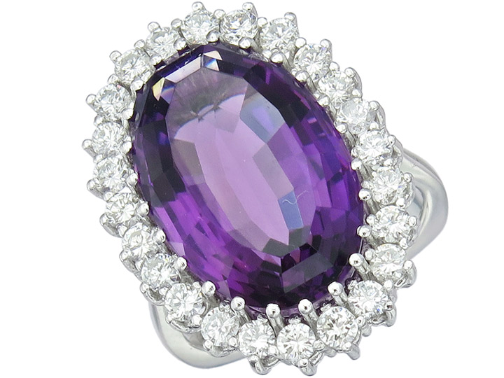 Ring Amethyst Diamonds 14 Karat White Gold