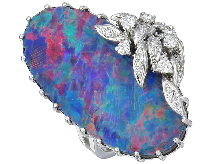 Ring Opal Brillanten und Diamanten 750er Weissgold