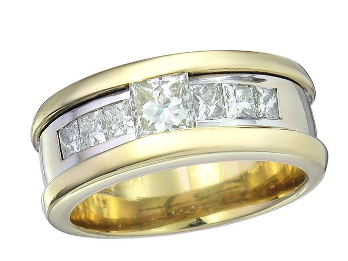 Ring Princess Cut Diamonds 18 Karat Gold Bicolor