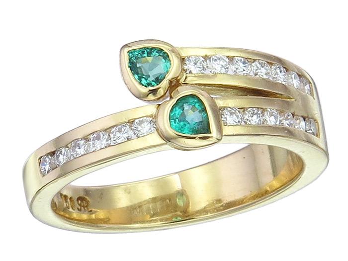 Doppelherz Ring Smaragde Brillanten 750er Gelbgold